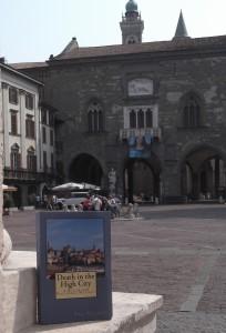 book in square (2)